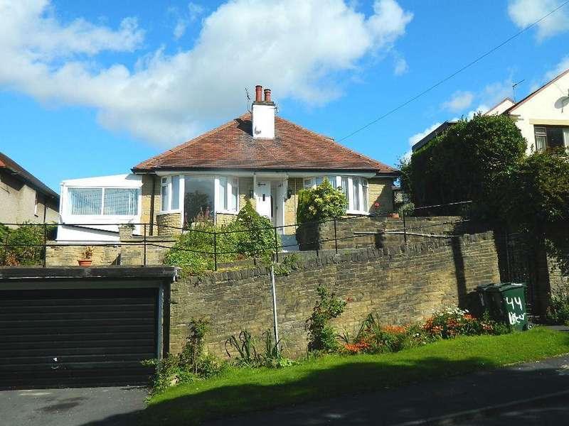 3 Bedrooms Detached Bungalow for sale in Lister Lane, Bradford, BD2 4LU
