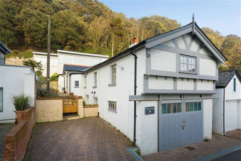 5 Bedrooms Detached House for sale in Radnor Cliff, Folkestone, Kent, CT20