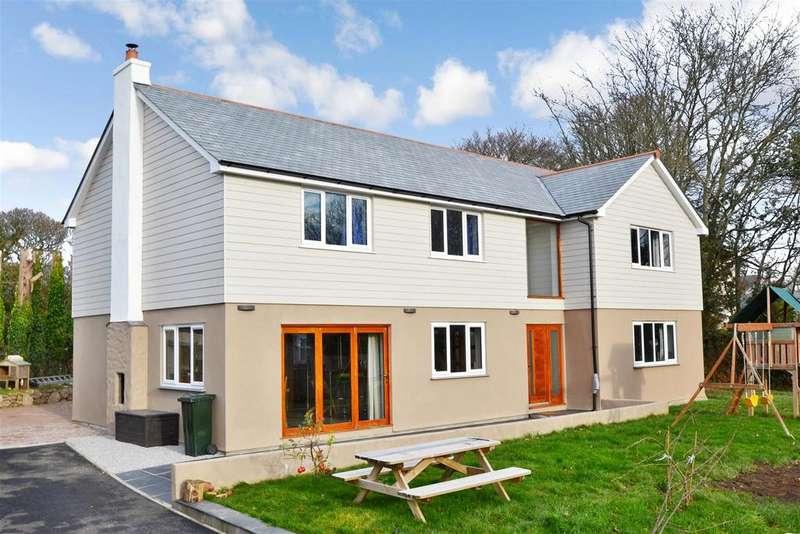 5 Bedrooms Detached House for sale in Bella Vista Gardens, Truro Hill, Penryn