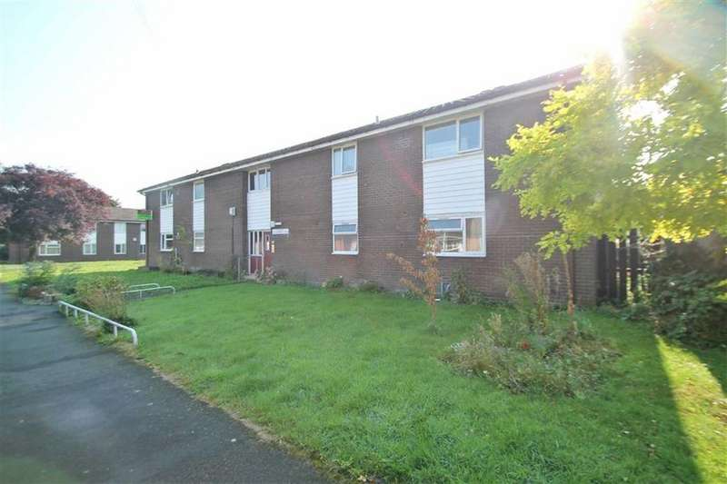2 Bedrooms Apartment Flat for sale in Coopers Close, Rhosnesni, Wrexham