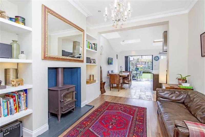 3 Bedrooms Semi Detached House for sale in Amity Grove, London, London