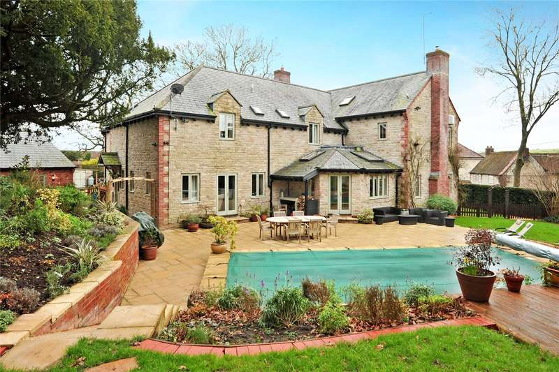 5 Bedrooms Detached House for sale in Norton Road, Sutton Veny, Warminster, Wiltshire, BA12