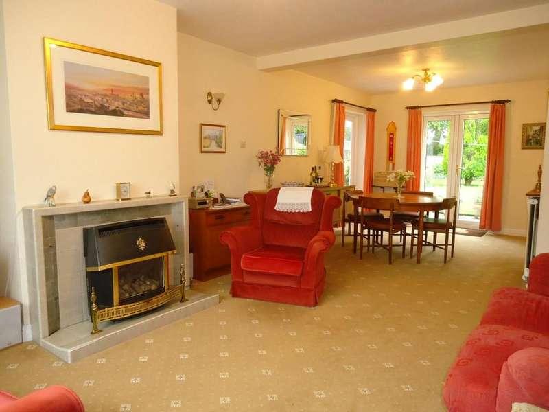 3 Bedrooms Semi Detached House for sale in Castle Howard Drive, Malton