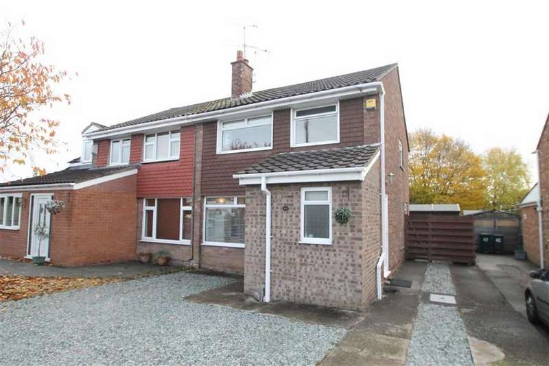 3 Bedrooms Semi Detached House for sale in Rosslyn Road, Vicars Cross