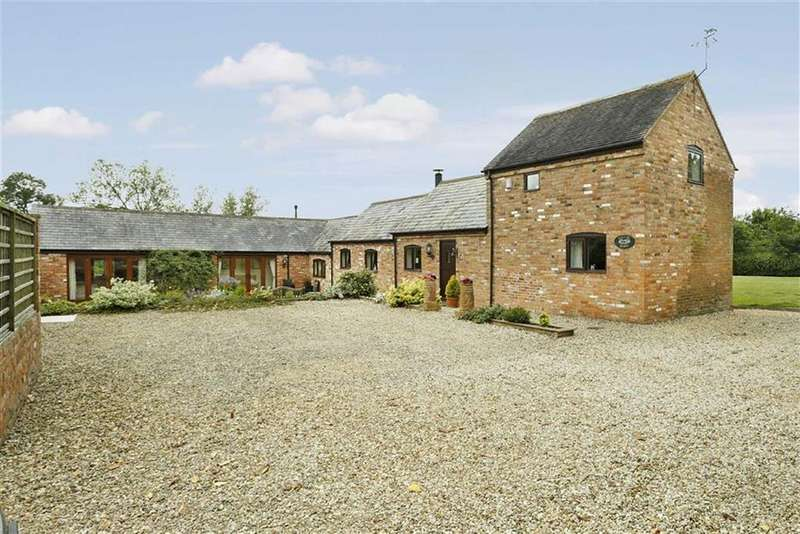 5 Bedrooms Barn Conversion Character Property for sale in Lutterworth Road, North Kilworth, Leicestershire