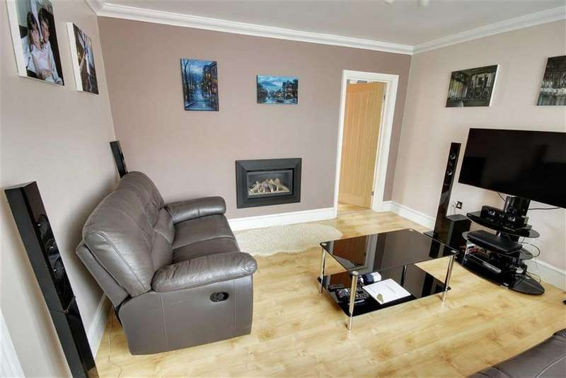 3 Bedrooms Semi Detached House for sale in Medway, Jarrow, Tyne And Wear