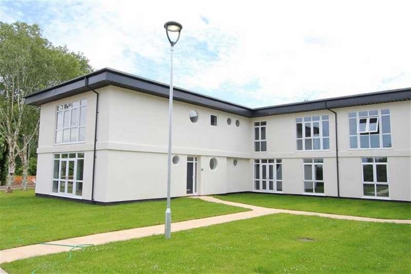 2 Bedrooms Apartment Flat for sale in 9 Danescourt Manor, Danescourt Road, Tettenhall, Wolverhampton, West Midlands, WV6