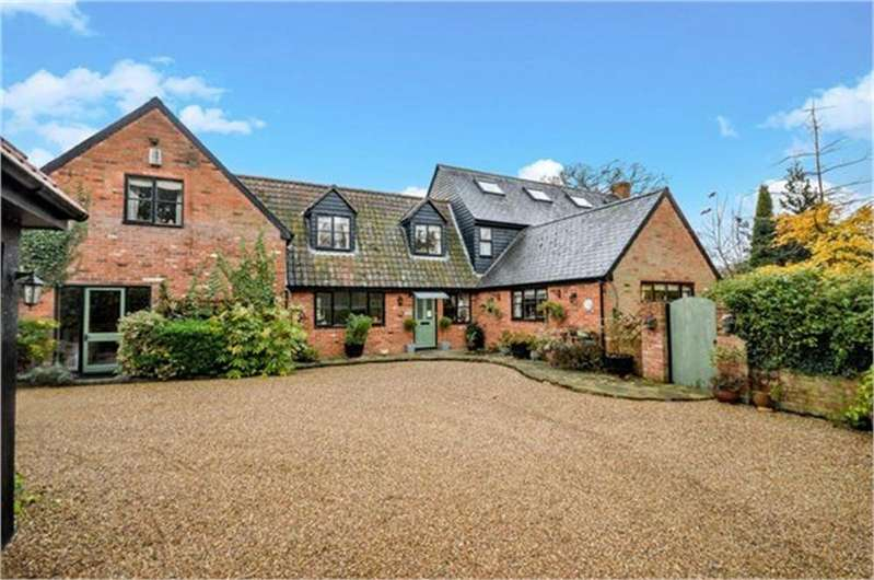 6 Bedrooms Detached House for sale in Pig Lane, Bishops Stortford, Hertfordshire