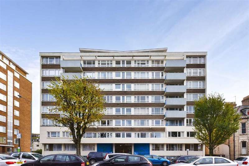 2 Bedrooms Flat for sale in Bowen Court, Hove