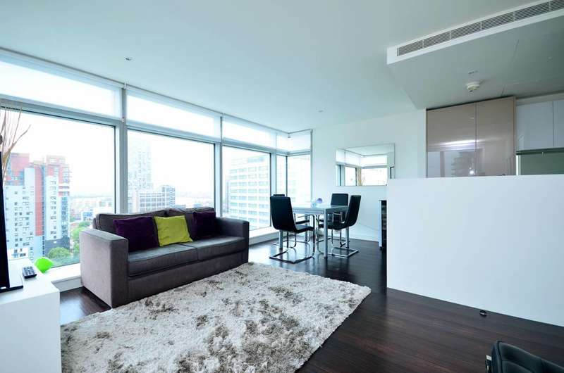 2 Bedrooms Flat for sale in Pan Peninsula Square, Canary Wharf, E14
