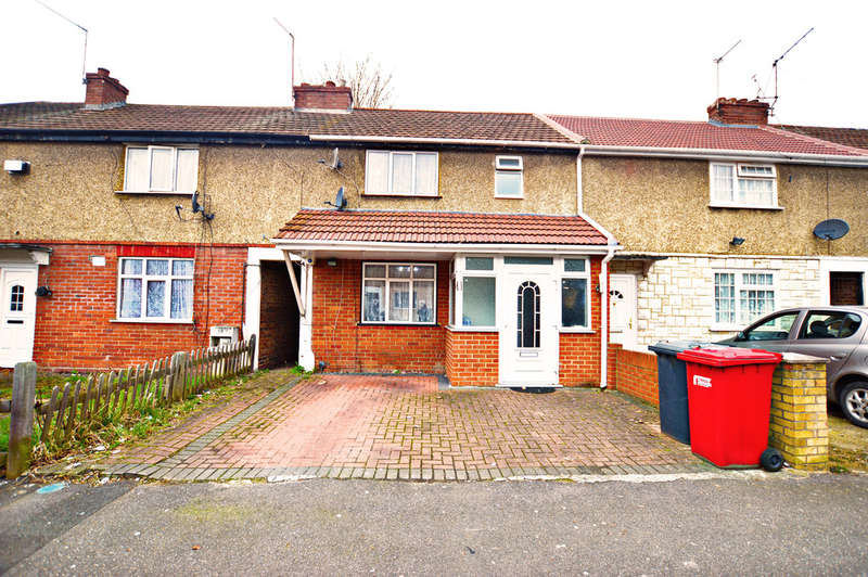 3 Bedrooms Terraced House for sale in Hatton Avenue, Slough