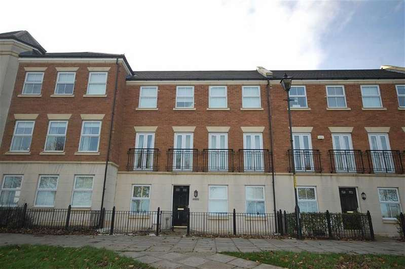 3 Bedrooms Terraced House for sale in Bents Park Road, South Shields