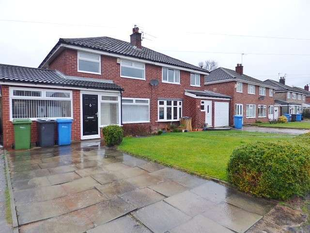 3 Bedrooms House for sale in Thetford Road, Great Sankey, Warrington