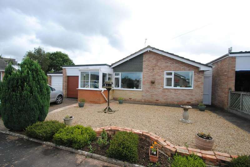 3 Bedrooms Bungalow for sale in Castle Park, Hemyock