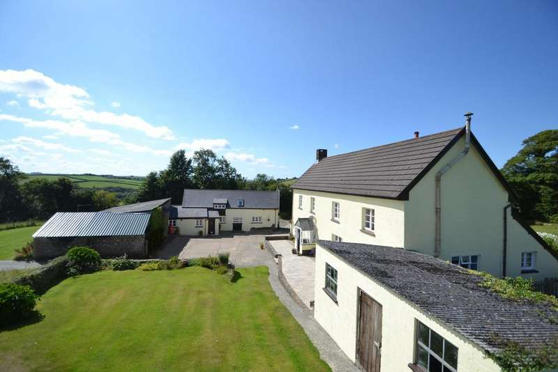 7 Bedrooms Equestrian Facility Character Property for sale in Roborough, Winkleigh