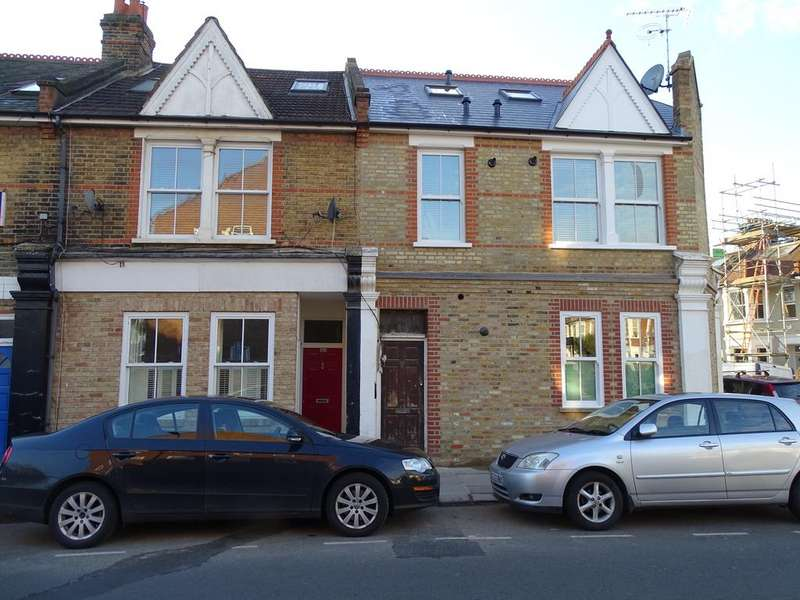 2 Bedrooms Flat for sale in Junction Road, Ealing