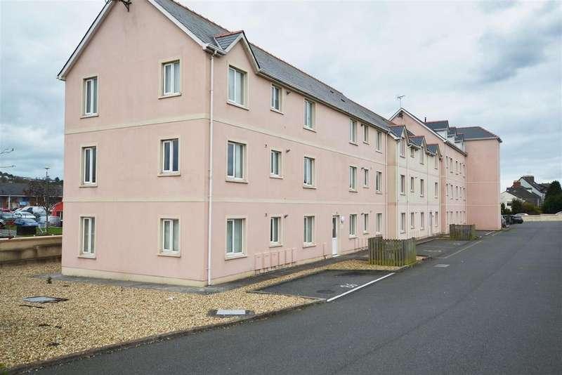2 Bedrooms Apartment Flat for sale in Pembroke Dock