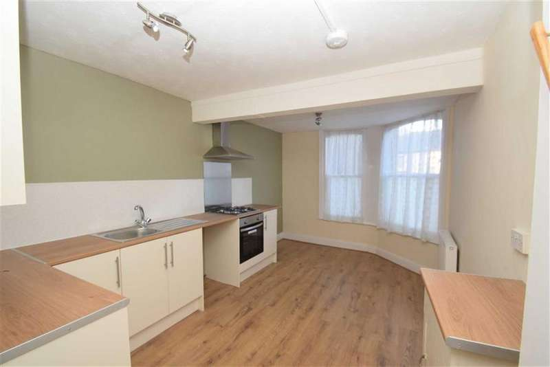 4 Bedrooms Flat for sale in Gladstone Road, Scarborough, North Yorkshire, YO12