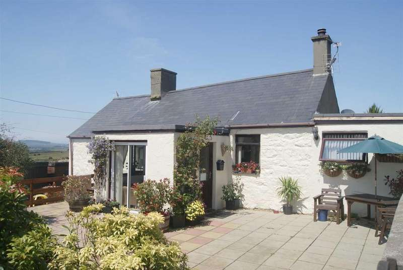 5 Bedrooms Detached House for sale in Mynytho