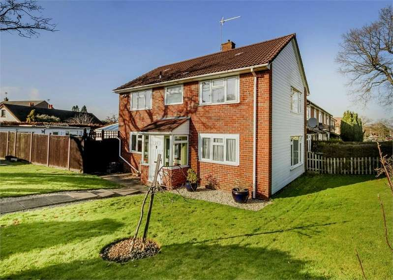 4 Bedrooms End Of Terrace House for sale in Kennel Lane, Bracknell, Berkshire