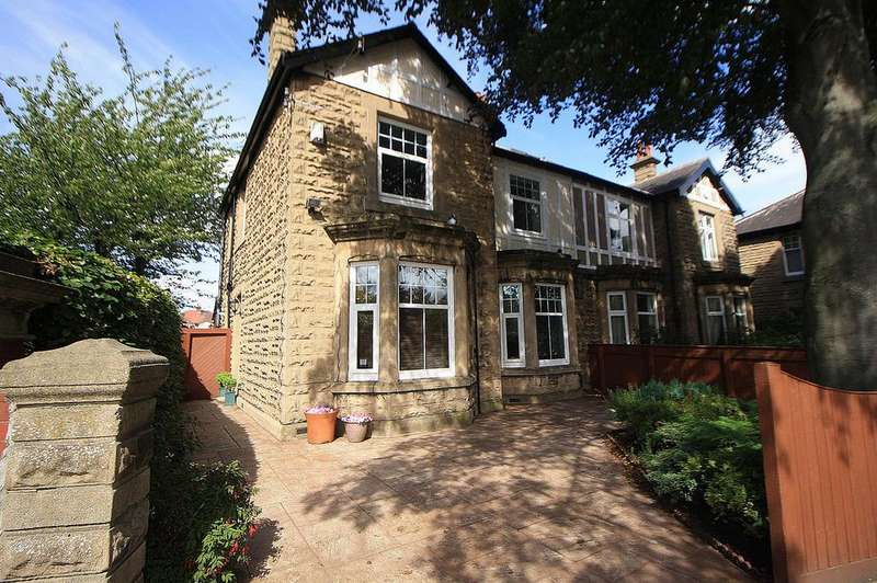 3 Bedrooms Semi Detached House for sale in Junction Road, Norton, TS20