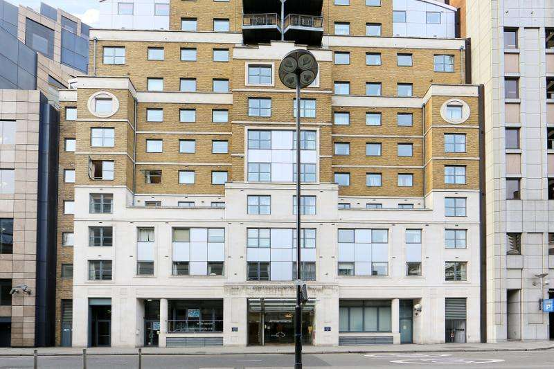 2 Bedrooms Apartment Flat for sale in London House, 172 Aldersgate Street, London, EC1A