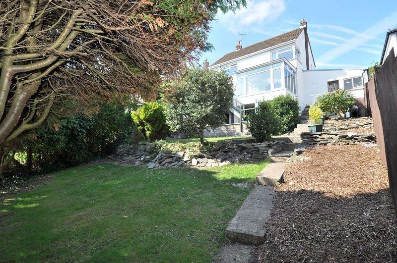 4 Bedrooms Detached House for sale in Porth-Y-Castell , Barry, The Vale Of Glamorgan. CF62
