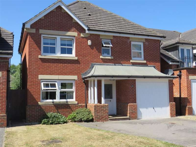 4 Bedrooms Detached House for sale in Cirrus Drive, Reading, RG2