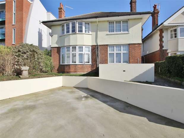 4 Bedrooms Detached House for sale in Kingland Road, Poole, POOLE, Dorset
