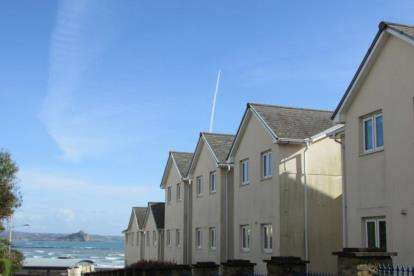 1 Bedroom Flat for sale in East Terrace, Penzance, Cornwall