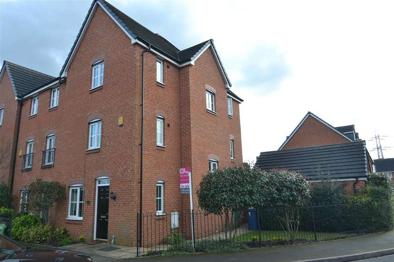 4 Bedrooms Town House for sale in Abberley Grove, Stafford