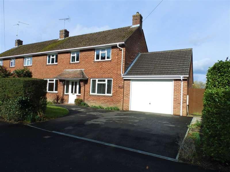 4 Bedrooms Semi Detached House for sale in St Leonards Road, Horsham