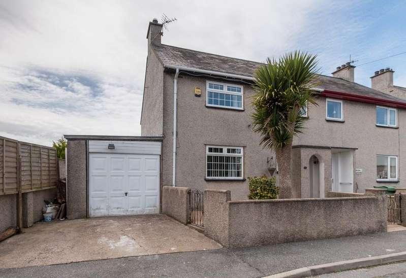 2 Bedrooms Semi Detached House for sale in Llanbedrog, Pwllheli, North Wales
