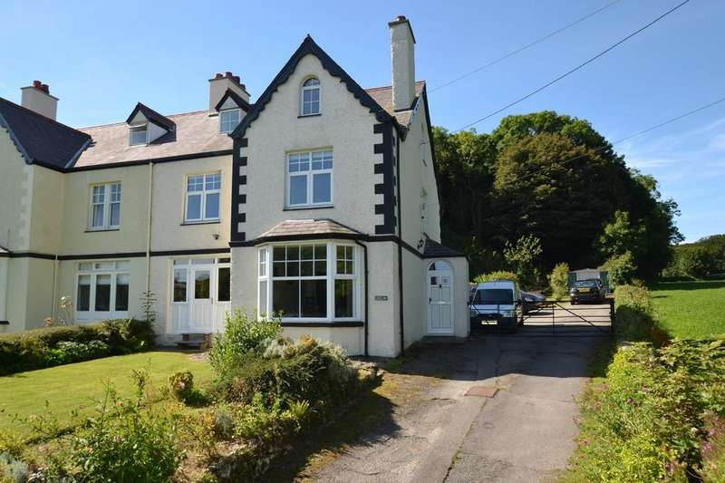 4 Bedrooms Semi Detached House for sale in Benllech, North Wales
