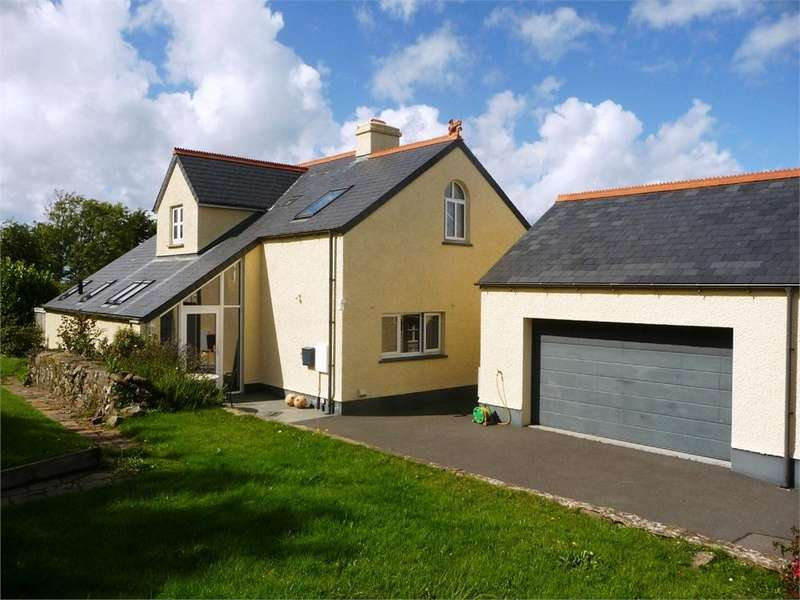 4 Bedrooms Detached House for sale in Glan Helyg, Long Street, Newport, Pembrokeshire