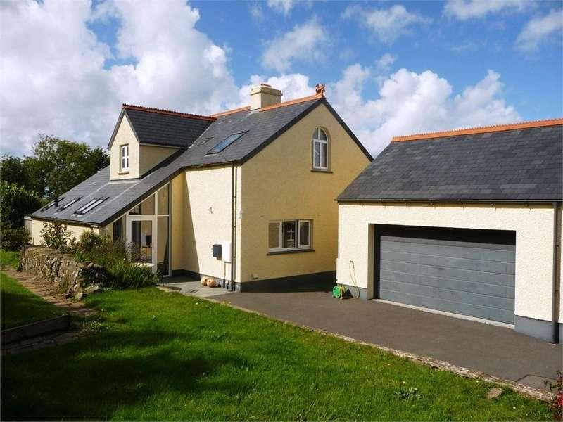 4 Bedrooms Detached House for sale in Glan Helyg, Long Street, Newport, Pembrokeshire