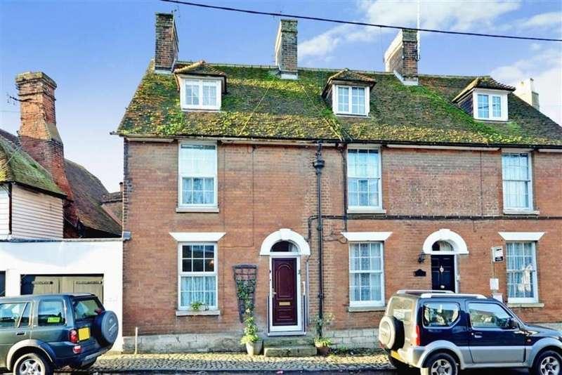 4 Bedrooms Cottage House for sale in The Square, Benover Road