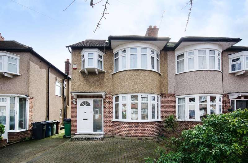 4 Bedrooms Semi Detached House for sale in Formby Avenue, Harrow, HA7