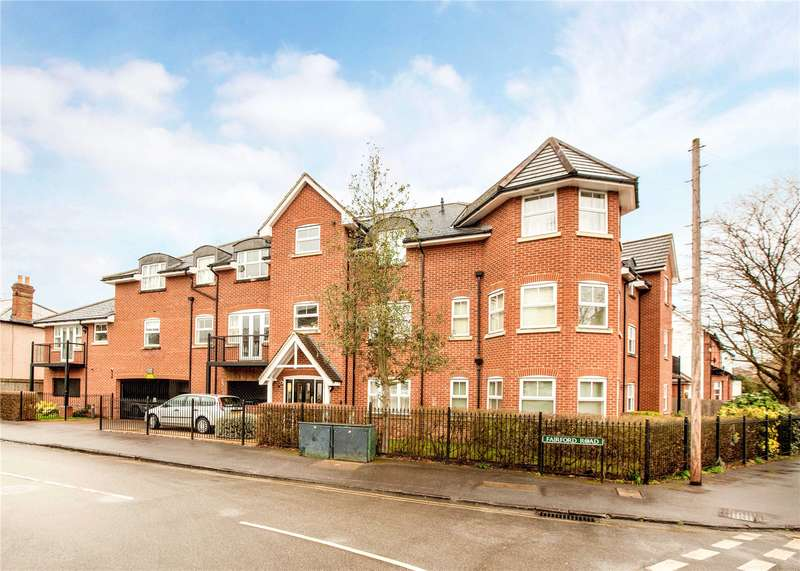 2 Bedrooms Flat for sale in Burnham Court, Fairford Road, Maidenhead, Berkshire, SL6