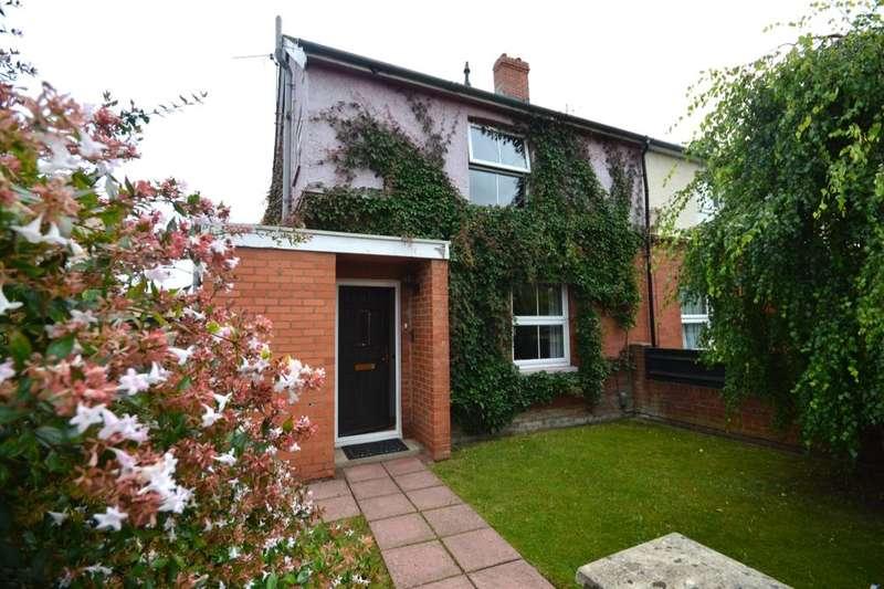 3 Bedrooms Semi Detached House for sale in Mylen Road, Andover, SP10