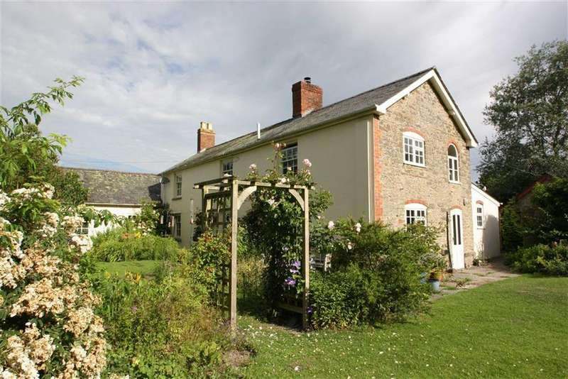 5 Bedrooms Detached House for sale in COMBE, Presteigne, Powys