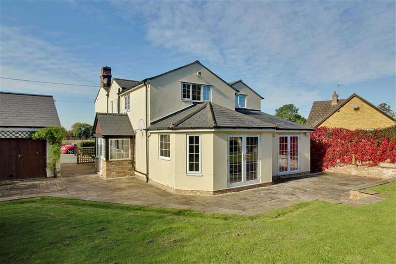 5 Bedrooms Detached House for sale in Green Lane, Moreton Valence