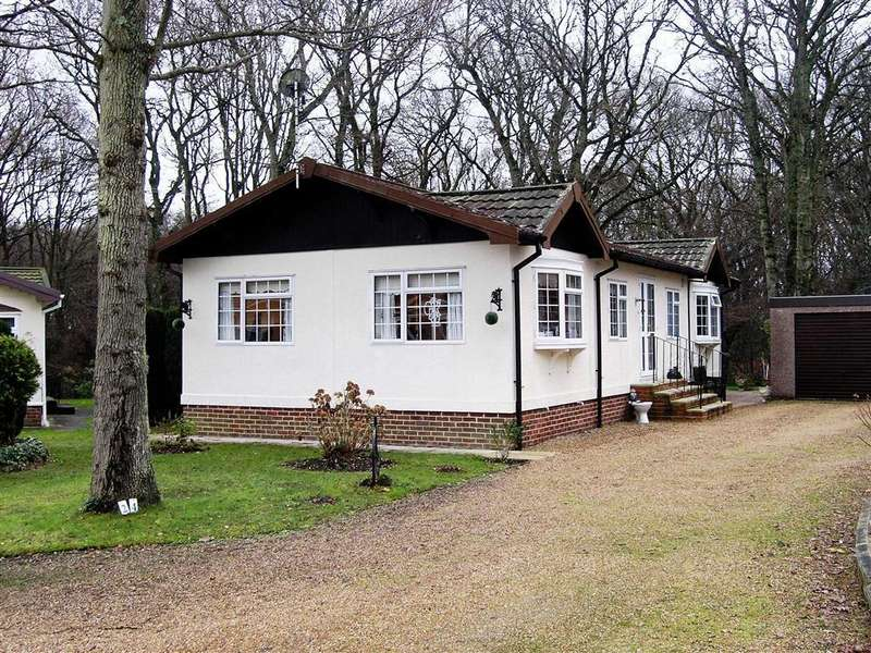 2 Bedrooms Park Home Mobile Home for sale in Deanland Wood Park
