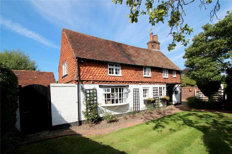 4 Bedrooms Detached House for sale in Crowhurst Road, Crowhurst, Lingfield, Surrey