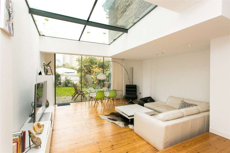 3 Bedrooms Semi Detached House for sale in Acre Lane, London, SW2