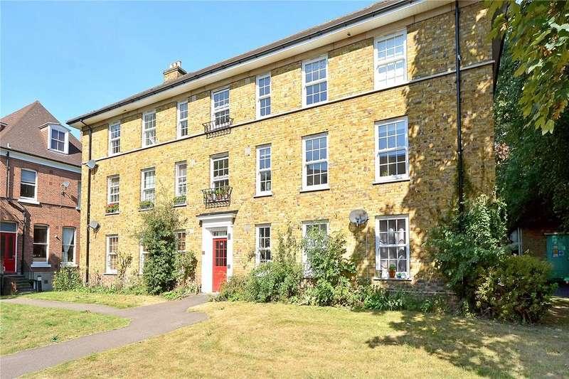 2 Bedrooms Flat for sale in Kidbrooke Grove, Blackheath, London