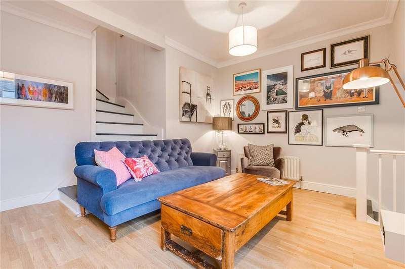 2 Bedrooms Flat for sale in Shorrolds Road, Fulham, London