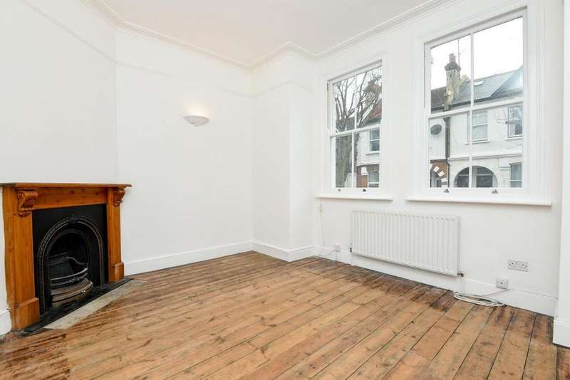 2 Bedrooms Maisonette Flat for sale in Salterford Road, Tooting, SW17