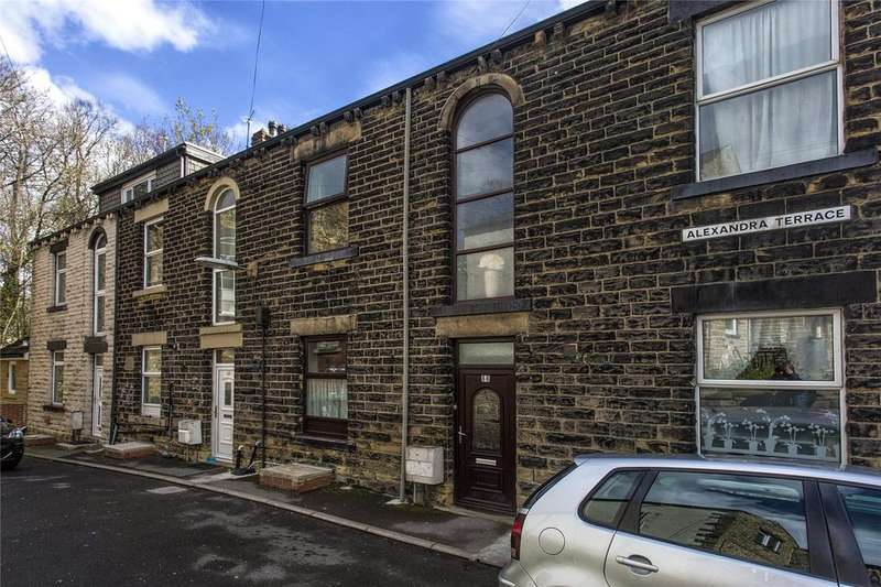 2 Bedrooms Terraced House for sale in Halifax Road, Dewsbury, West Yorkshire, WF13