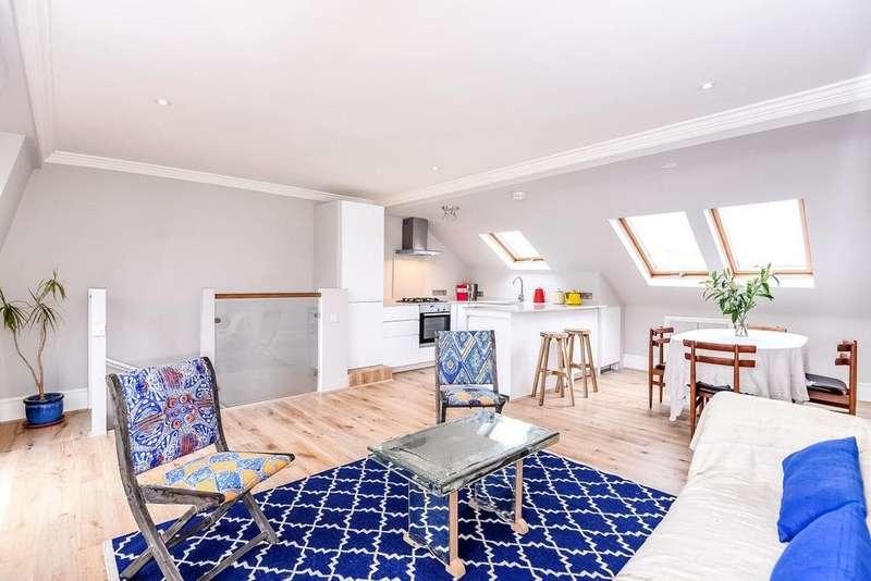 3 Bedrooms Maisonette Flat for sale in Batoum Gardens, Brook Green, W6